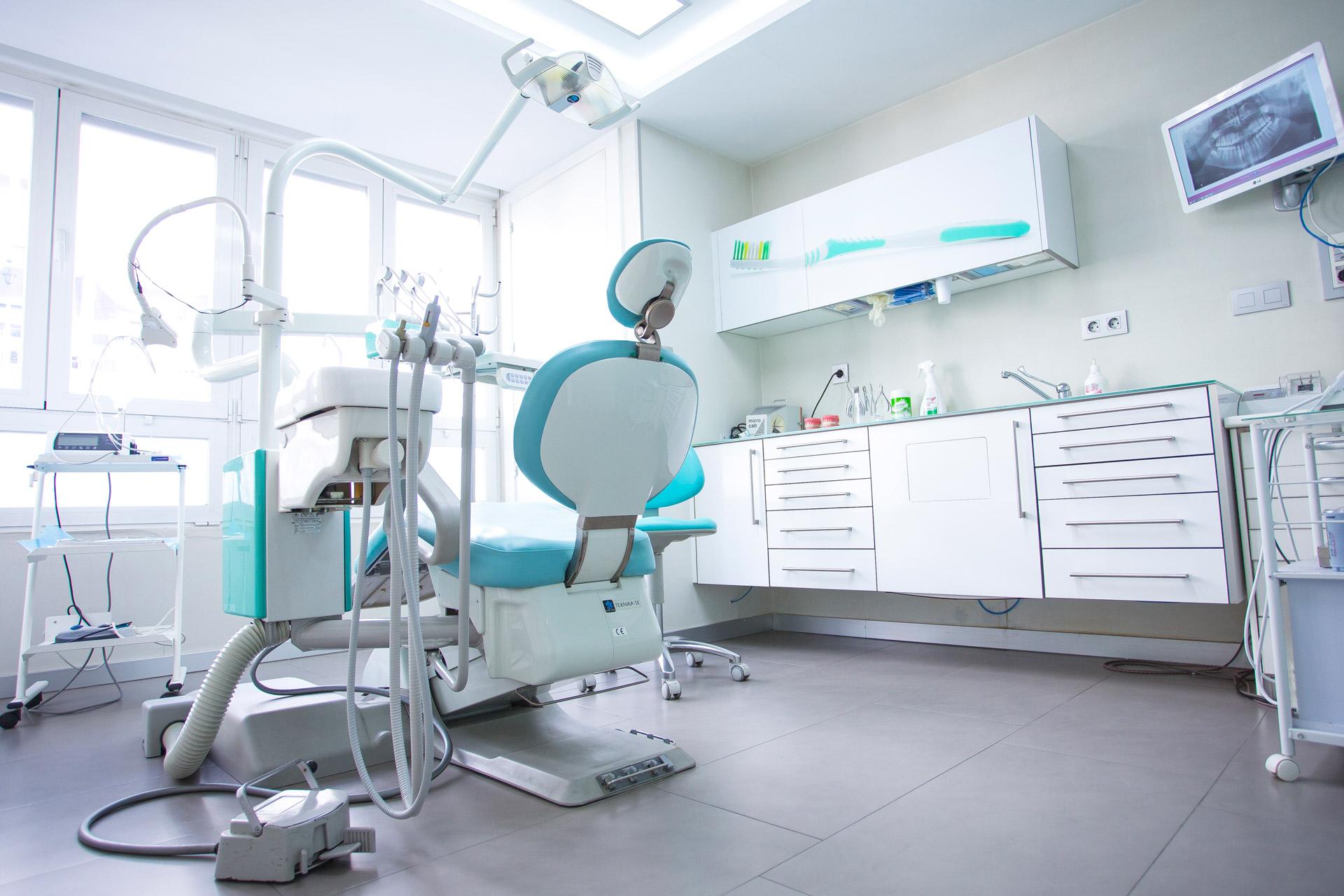 instalaciones de clínica Fernando Torres en Granada
